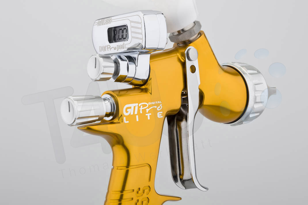 devilbiss gti pro lite digital gravity spray guns new 2016 blue gold black ebay. Black Bedroom Furniture Sets. Home Design Ideas
